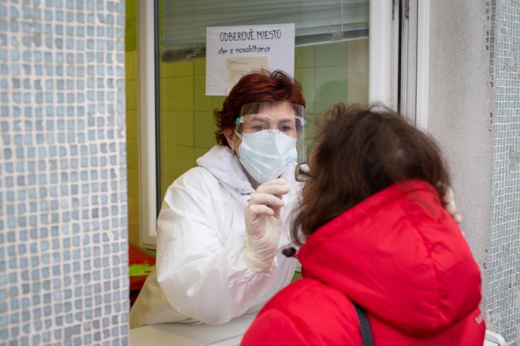 Koronavírus - Országosan nő a halálesetek száma, Dunaszerdahely már nincs a legfertőzöttebb járások között