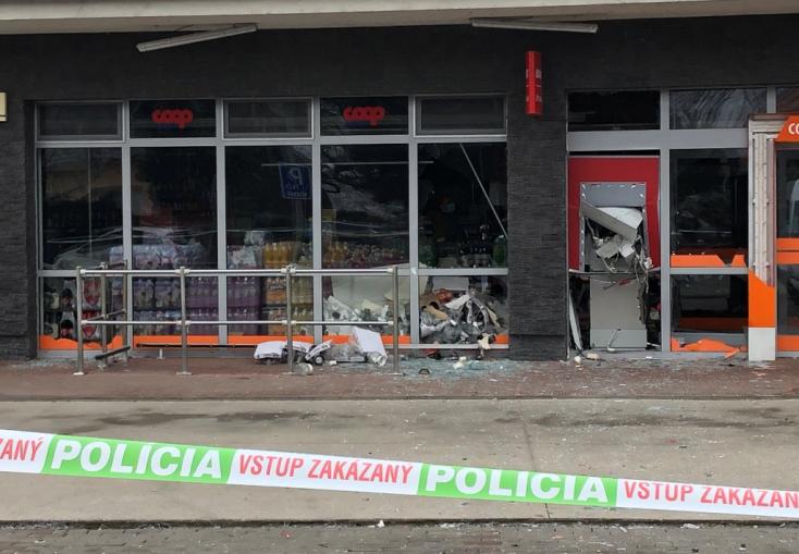 Három héttel a nyárasdi eset után Csallóközcsütörtökben is felrobbantottak egy bankautomatát