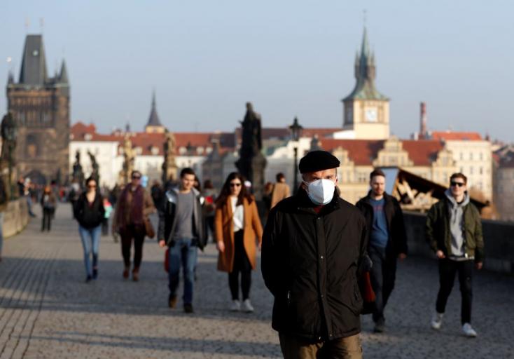 Csehországbanmár húszezernél is több halálos áldozatot követelta koronavírus-járvány