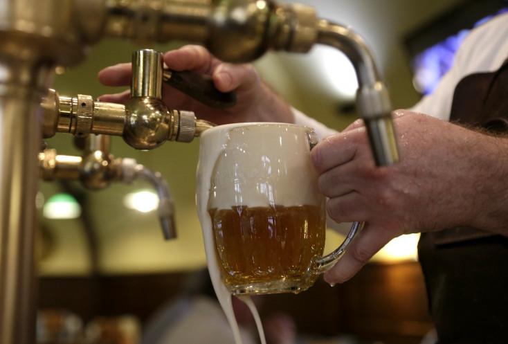 Japánok kezébe kerültek a szlovák, cseh és magyar sörök