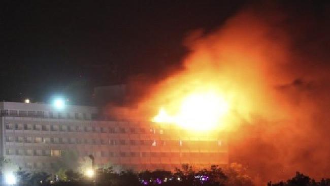 Megöltek hármat a kabuli Intercontinental szálloda támadói közül