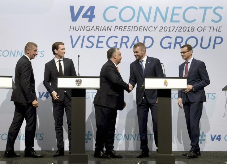 Pellegrini Budapesten átvette Orbán Viktortól a V4 soros elnökségét