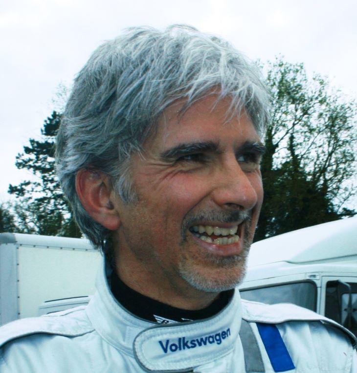 Damon Hill szerint jár a lovagi cím Lewis Hamiltonnak