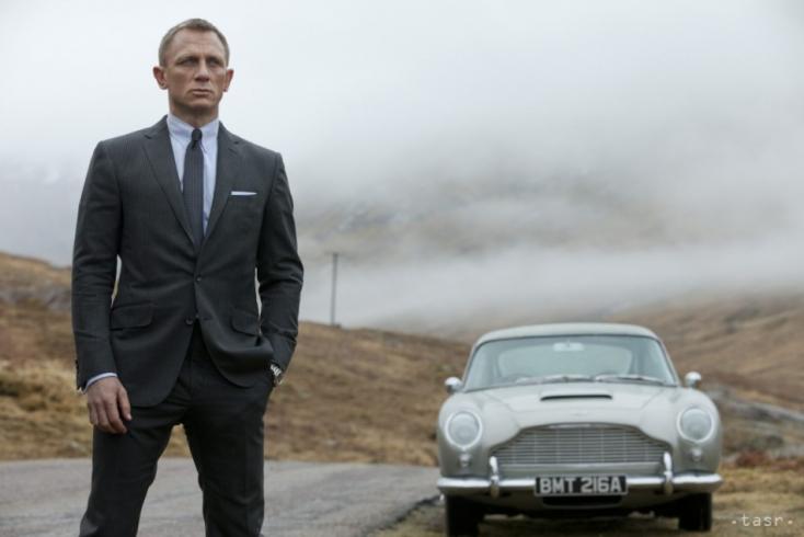 Daniel Craig csillagot kapott a Hírességek sétányán