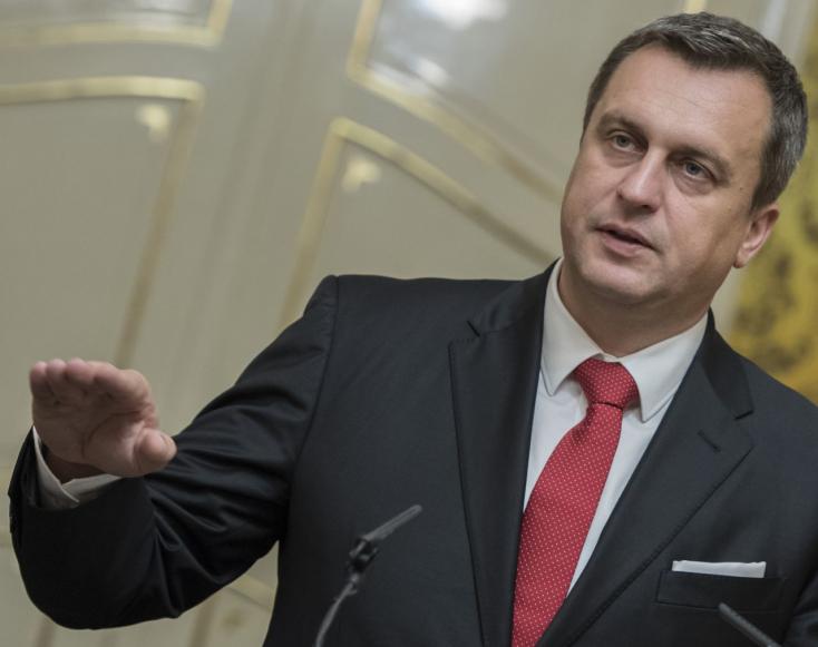 Danko moszkvai hízelgése miatt morognak idehaza és az EP-ben