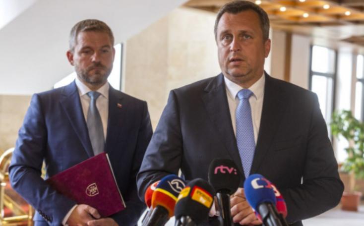 Danko felszólította az ellenzéket, hogy vegyen részt a hétfői rendkívüli ülésen