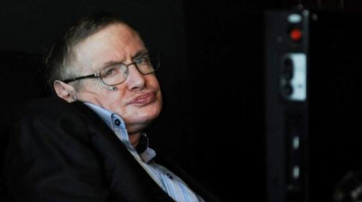 Ennyiért kelt le Stephen Hawking kerekesszéke árverésen
