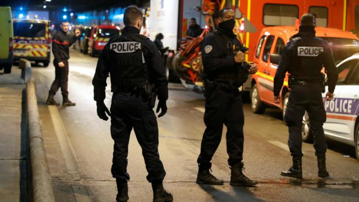 Késes támadót lőttek agyon a francia rendőrök