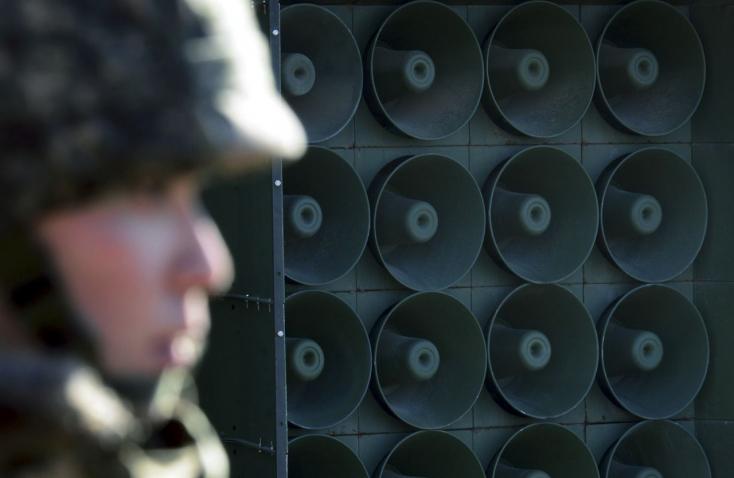 Dél-Korea leállította propagandaadását az északi határon