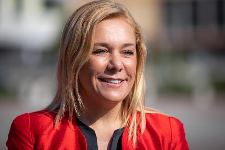 Saková: Hagyjuk dolgozni a bűnüldöző szerveket