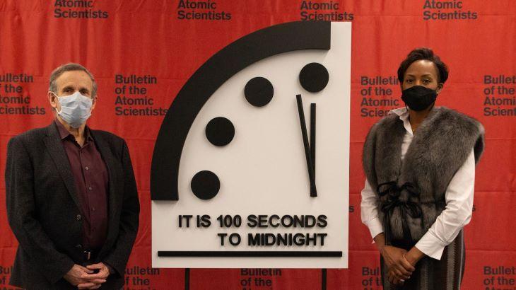 A tudósok nem változtattak idén a végítélet képzeletbeli órájának mutatóján