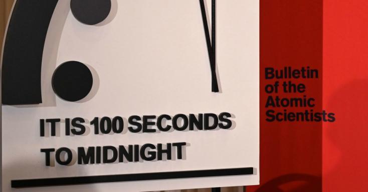 Húsz másodperccel közelebb került az éjfélhez a végítélet órája