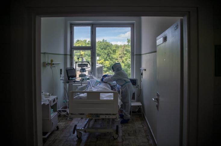 Újabb nyolc áldozata van a koronavírusnak,581-gyel nőtt a fertőzöttek számaMagyarországon