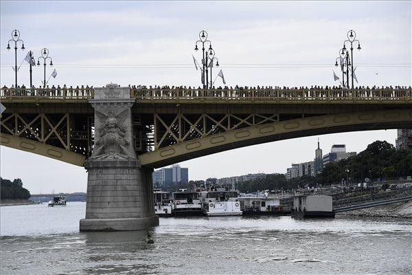 Dunai hajóbaleset - A rendőrség folytatja a keresést