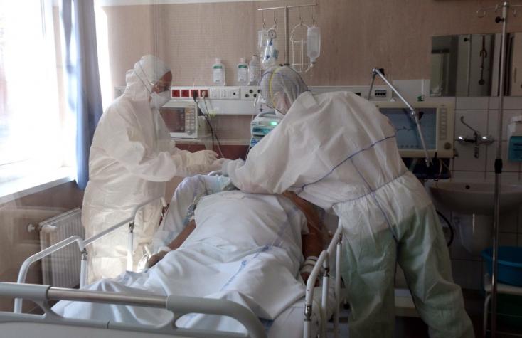 895-re nőtt a beazonosított fertőzöttek száma, 11 beteg elhunyt Magyarországon