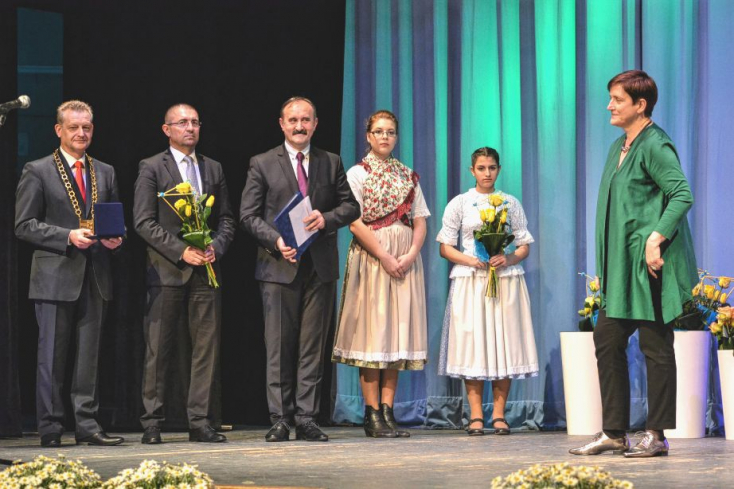 Zsidó János Dunaszerdahely díszpolgára lett, Németh Ilona és Németh Jolán Pro Urbe-díjat kapott