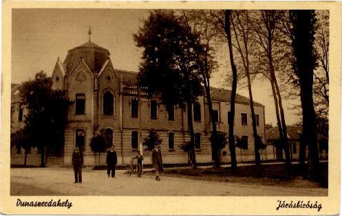 Apolgári iskolák megreformálásáért 1911-ben