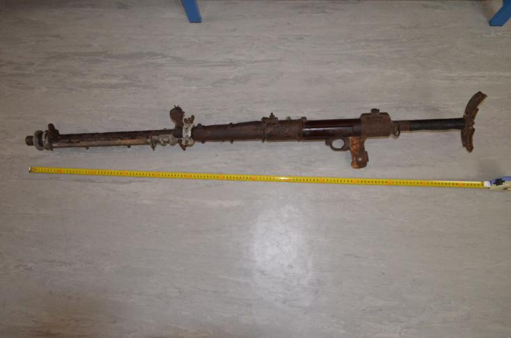 Második világháborús géppuskát találtak a kéménybe falazva