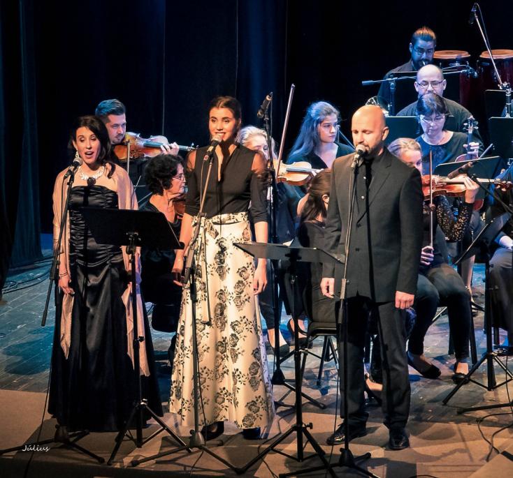 Ady szimfonikusokkal – Varázslatos estnek lehettünk részesei Dunaszerdahelyen