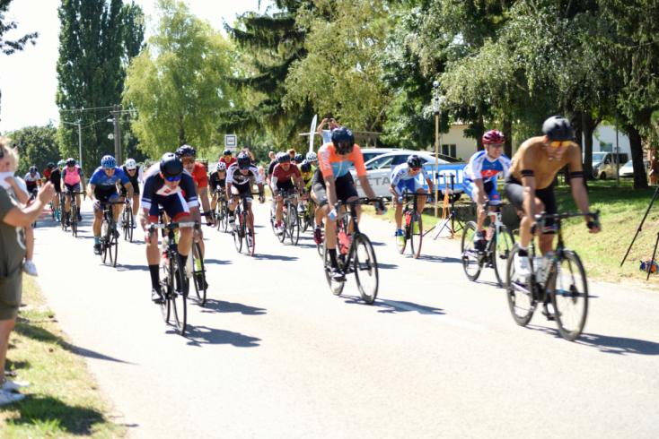 Nyitrán álltak rajthoz a dunaszerdahelyi Trinitas Sport Club kerékpárosai