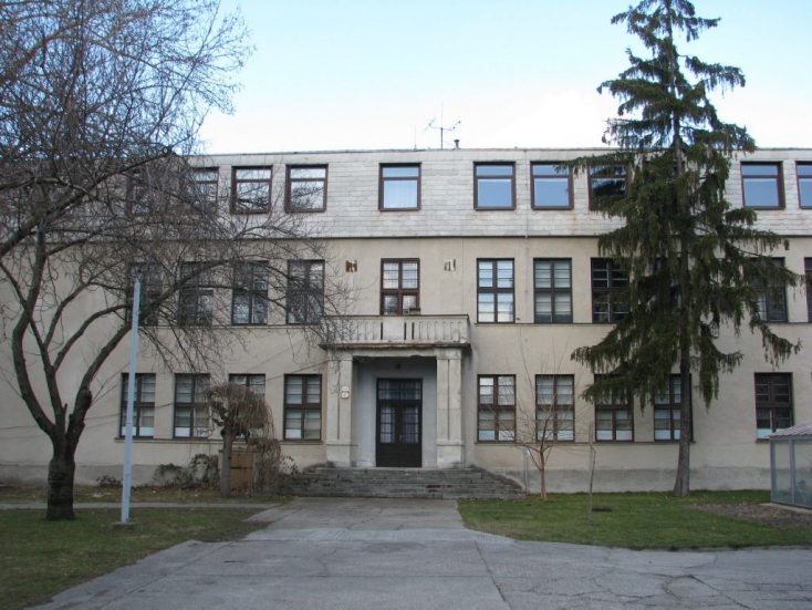 Nyolcvan évvel ezelőtt nyílt meg az első csallóközi középiskola