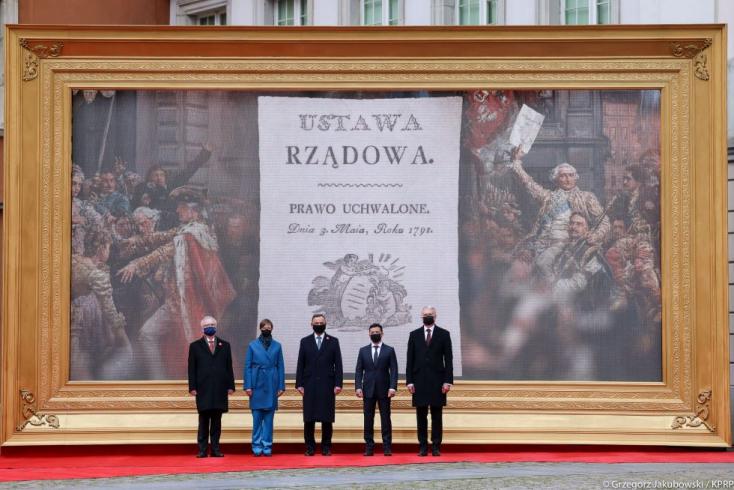 Varsó olyangesztust tett az ukránok felé, hogy Moszkvában az elvtársak már riadóztatják is a novicsokos kommandójukat