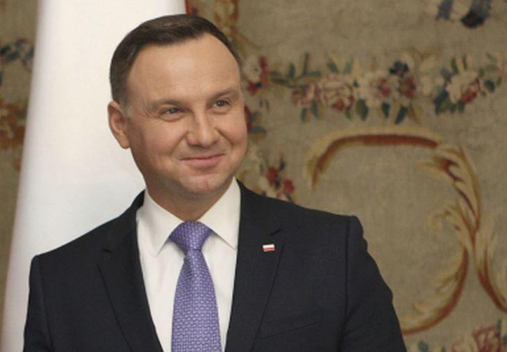 Orosz telefonbetyárok az ENSZ főtitkárának kiadva magukat megtréfálták a lengyel elnököt
