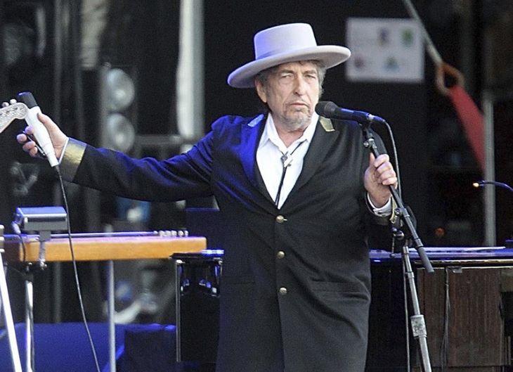 """Bob Dylan """"filmszerű"""" online koncertet adott"""