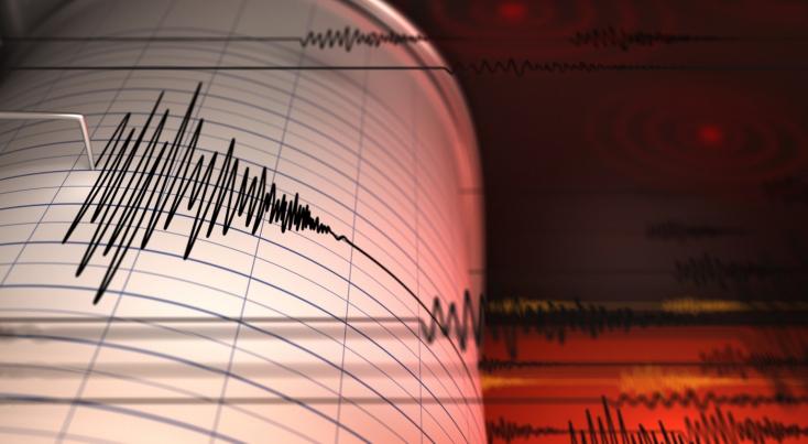 Erős földrengésrázta megaz orosz Kuril-szigetek térségét, szökőárriadót rendeltek el