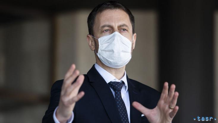 Heger előnyösnek tartja a Szputnyik adásvételi szerződését, a vakcina árával sincs problémája