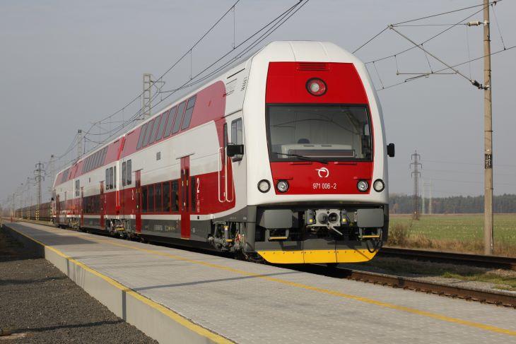 Továbbra is közlekednek a vonatok Szlovákia és Magyarország között