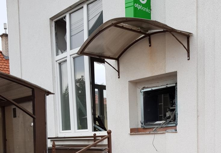 Egy év elteltével felderítették az ekecsi bankautomata-robbantást!