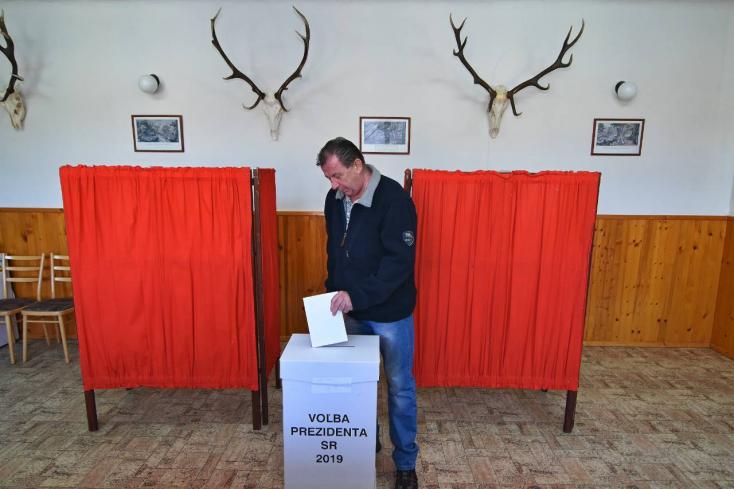 Akad, aki egy másik kontinensről hazajött szavazni