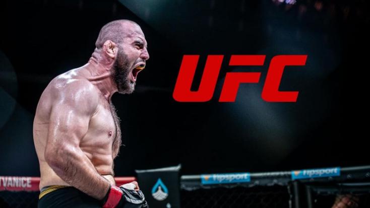 Térddel győzte le amerikai ellenfelét, bekerült a UFC-be a nehézsúlyú szlovák ketrecharcos (VIDEÓ)