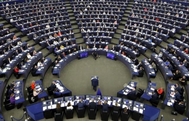 Szavazott az Európai Parlament - Az EU-s pénzek kifizetését a jogállamisághoz kötik