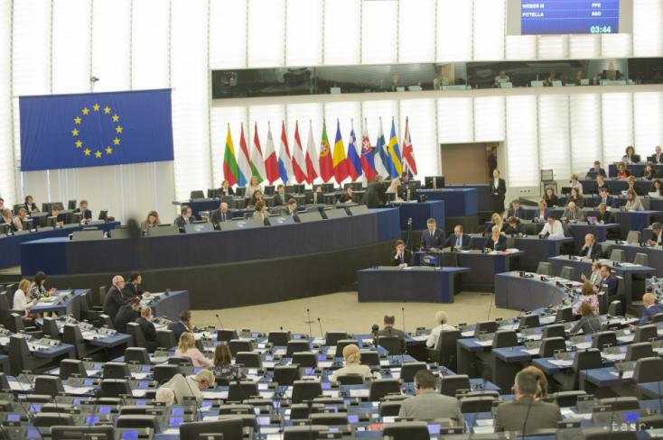 37 milliárd euróval támogtja az EP a koronavírus-járvánnyal sújtott országokat