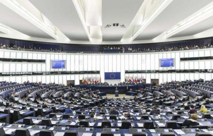Az Európai Parlament jóváhagyta a termékek kettős minőségét is tiltó fogyasztóvédelmi jogszabályt