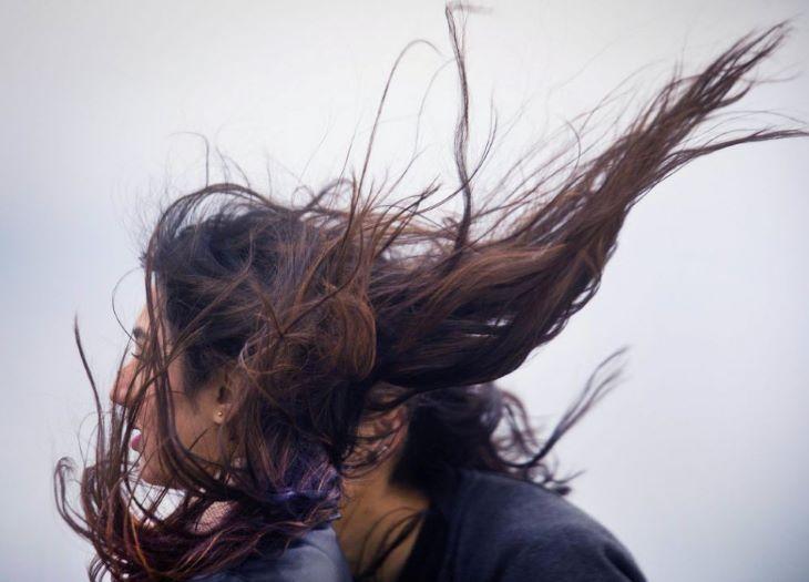 Majdnem egész nap tépázni fog bennünket a viharos szél