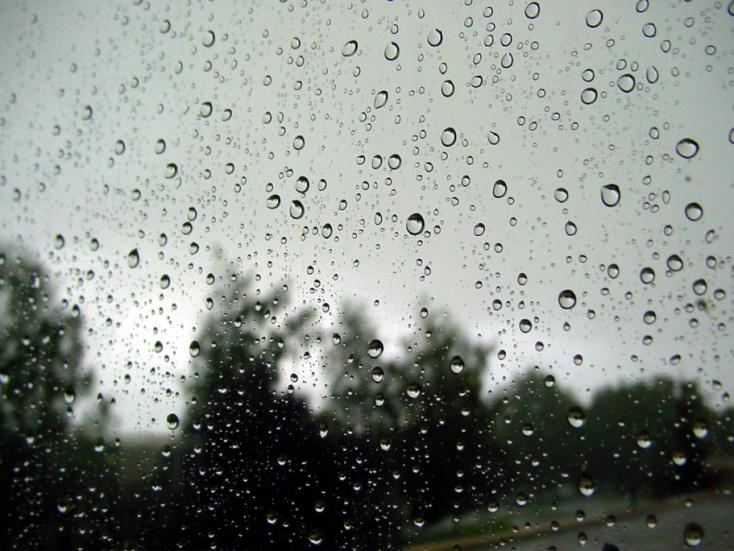 Elsőfokú riasztást adtak ki Nyitra megyére az esőzés miatt
