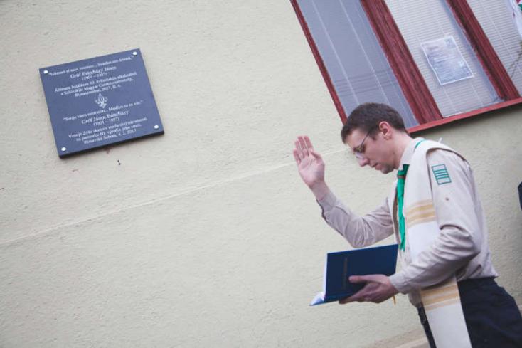 Külhoni Magyarságért Díjat adtak a Szlovákiai Magyar Cserkészszövetségnek