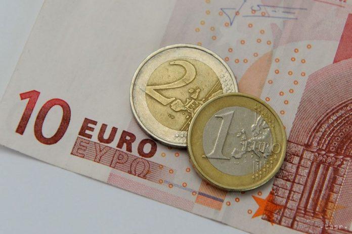 Euróra váltana Horvátország