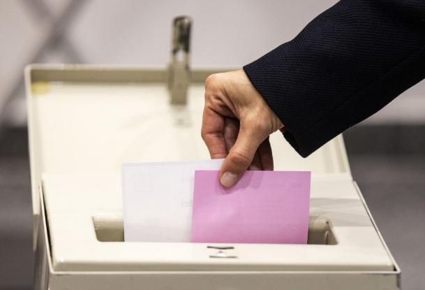 Tömeges csalásokra panaszkodik az ellenzék a fehérorosz választásokon