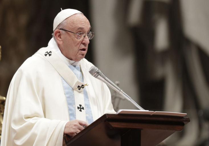 Kegyetlen erőszaknak nevezte a Srí Lanka-i merényleteket a pápa húsvéti beszédében