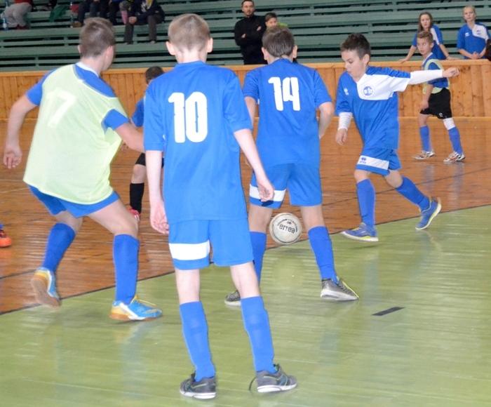 Nyárasdon a hazaiak címvédőként állnak csatasorba az U13-as korosztály VII. terembajnokságán
