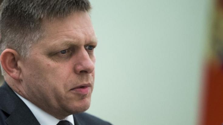 Mindenki szegény Ficót (azaz Szlovákiát) bántja! Még egyes szlovákok is!