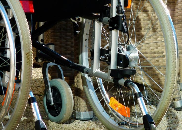 Magasabb támogatást kaphatnak a fogyatékos gyermeket nevelő szülők