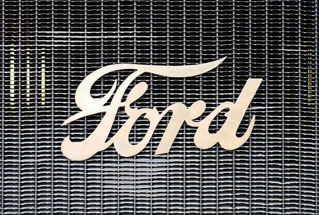 12 ezer európai dolgozójától válik meg a Ford