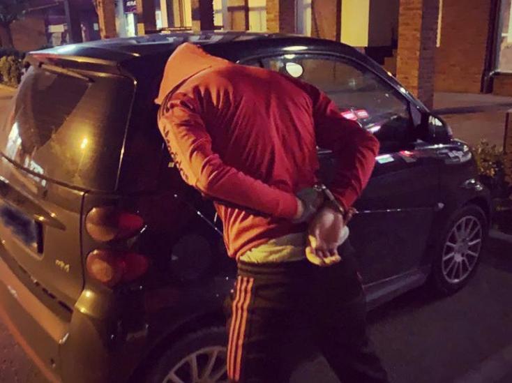 Egy somorjai parkolóban árulta a drogot, a dunaszerdahelyi nyomozók elkapták