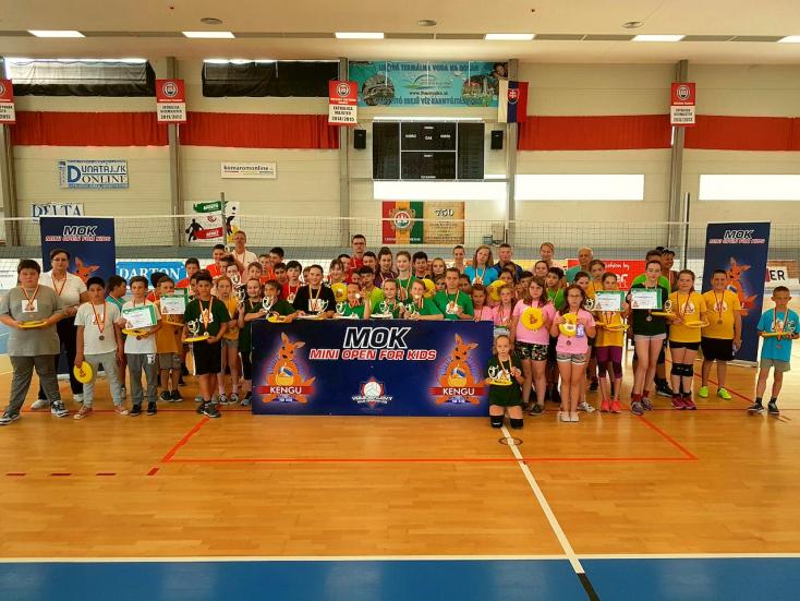 Erős utánpótlást épít a komáromi röplabda klub