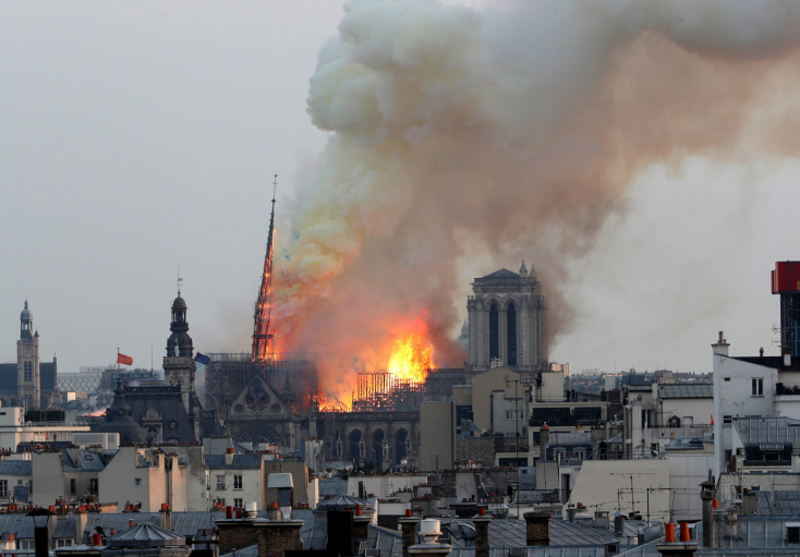 Több sárgamellényes tüntető kifogásolja, hogy a Notre-Dame ügye elhomályosítja a követeléseiket